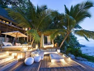 Собирать пазл Пальмы на берегу онлайн