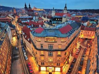 Собирать пазл Панорама Праги онлайн