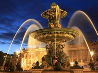 Собирать пазл Парижский фонтан онлайн