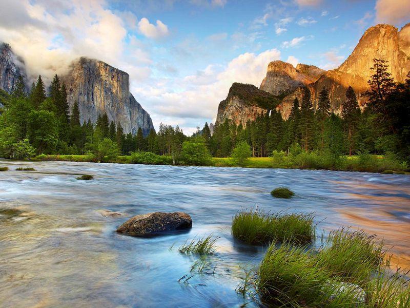 Пазл Собирать пазлы онлайн - Горы в парке Йосемити