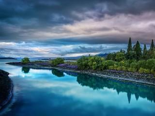 Собирать пазл Пасмурный пейзаж онлайн