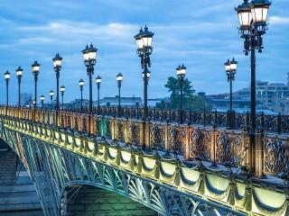 Собирать пазл Патриарший мост онлайн