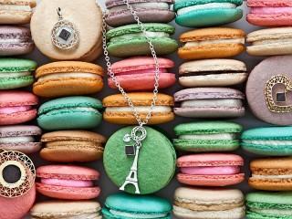 Собирать пазл Печенья и украшенья онлайн