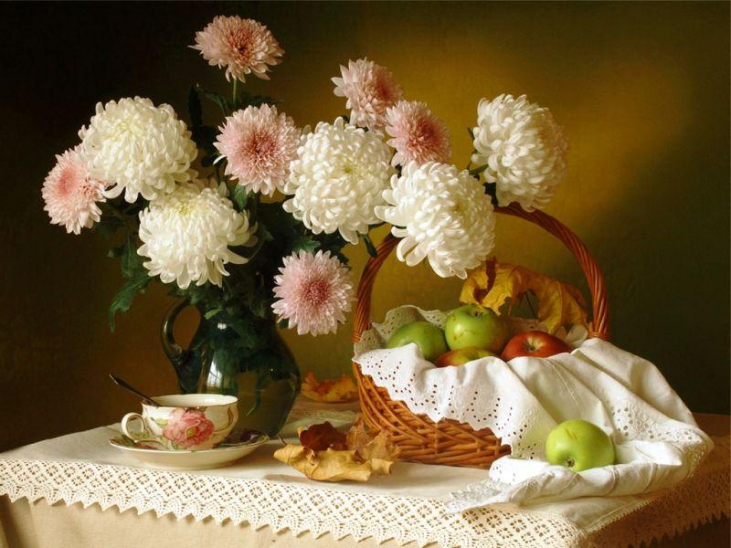 Пазл Собирать пазлы онлайн - Хризантемы и яблоки