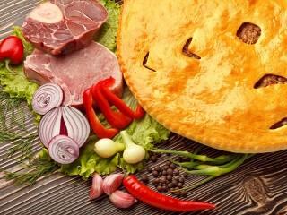 Собирать пазл Пирог с мясом онлайн