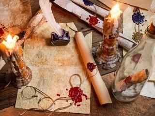 Собирать пазл Письма и свечи онлайн
