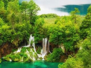 Собирать пазл Плитвицкие озёра онлайн