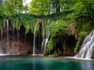 Собирать пазл Плитвицкие водопады онлайн