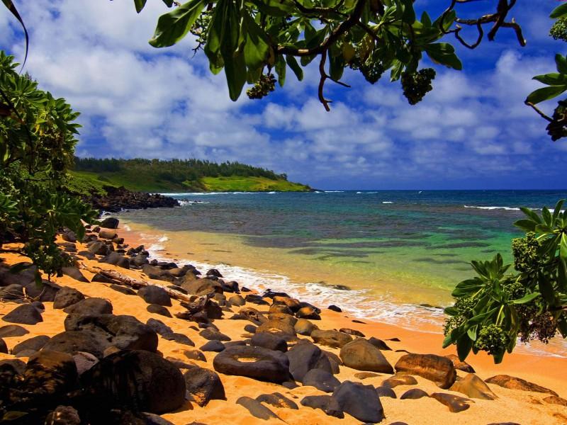 Пазл Собирать пазлы онлайн - Пляж Кауаи на Гавайях
