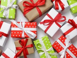 Собирать пазл Подарки онлайн