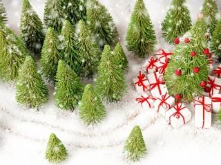 Собирать пазл Подарки привезли онлайн