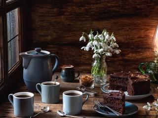 Собирать пазл Подснежники и кофе онлайн