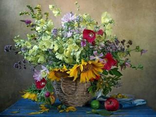 Собирать пазл Полна цветов корзина онлайн