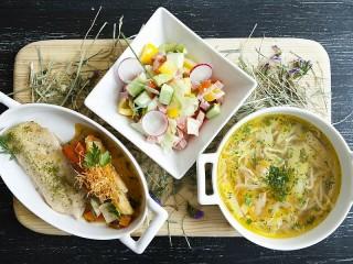 Собирать пазл Полноценный обед онлайн