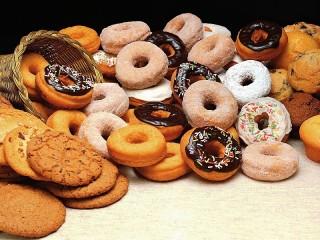 Собирать пазл Пончики и печенье онлайн
