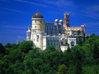 Собирать пазл Португалия дворец онлайн