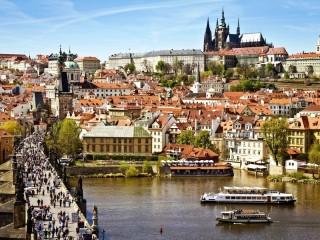 Собирать пазл Прага - Карлов мост онлайн