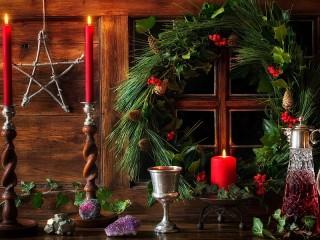Собирать пазл Праздничный венок онлайн