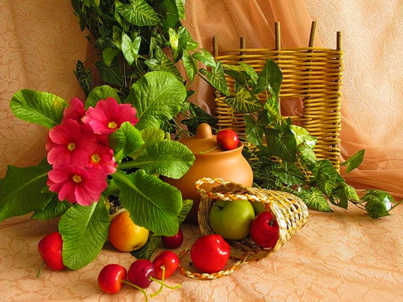 Пазл Собирать пазлы онлайн - Примулы и фрукты