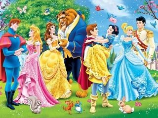 Собирать пазл Принцессы и принцы онлайн