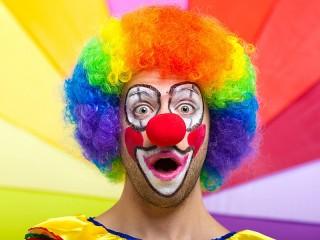 Собирать пазл Радужный клоун онлайн