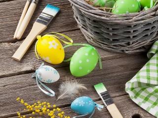Собирать пазл Раскрашиваем яйца онлайн