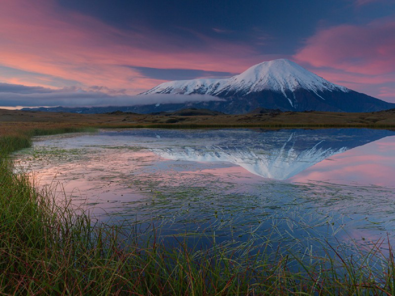 Пазл Собирать пазлы онлайн - Рассвет над вулканом