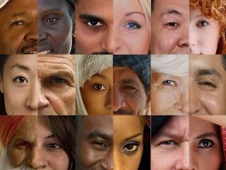 Собирать пазл Разнообразие лиц онлайн