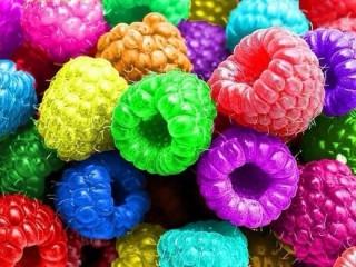 Собирать пазл Разноцветная малинка онлайн