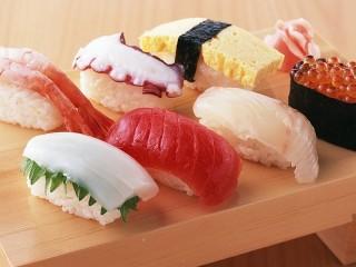 Собирать пазл Разноцветные суши онлайн