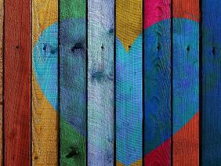 Собирать пазл Разноцветный забор онлайн
