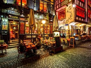 Собирать пазл Ресторан в Страсбурге онлайн