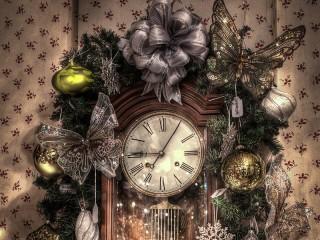 Собирать пазл Рождественские часы онлайн