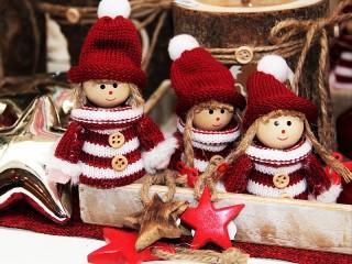 Собирать пазл Рождественские эльфы онлайн