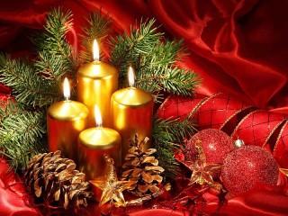 Собирать пазл Рождественские свечи онлайн