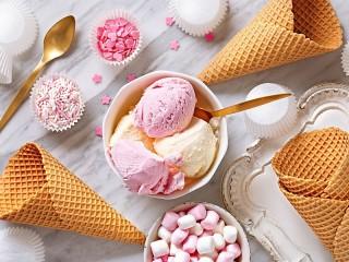 Собирать пазл Розовый десерт онлайн