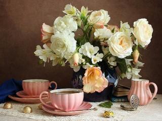 Собирать пазл Розовый сервиз онлайн