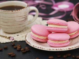 Собирать пазл Розовое печенье онлайн