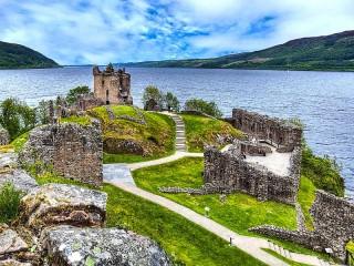Собирать пазл Руины замка Уркхарт онлайн
