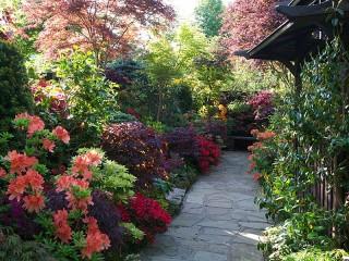Собирать пазл Сад в Англии онлайн