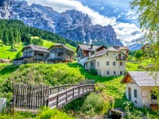 Собирать пазл Сан-Кассиано Италия онлайн