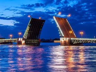Собирать пазл Санкт-Петербург онлайн