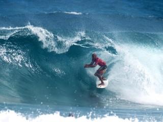 Собирать пазл Серфингист онлайн