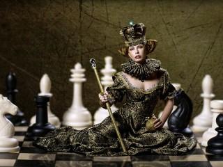 Собирать пазл Шахматная королева онлайн