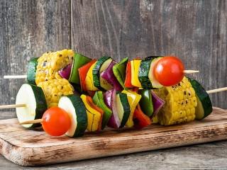 Собирать пазл Шашлык из овощей онлайн