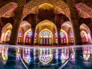 Собирать пазл Шираз онлайн