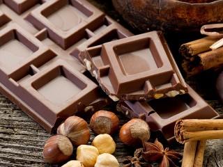 Собирать пазл Шоколадик и орешки онлайн