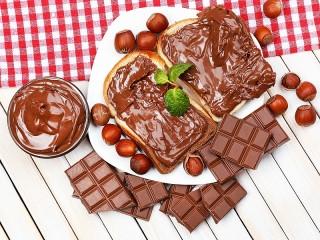 Собирать пазл Шоколадные тосты онлайн
