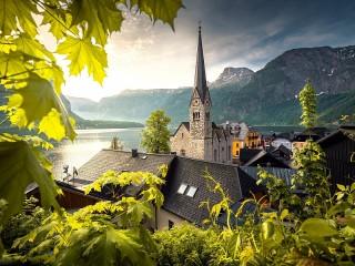 Собирать пазл Шпиль и горы онлайн