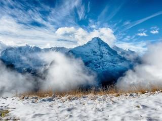 Собирать пазл Синие горы онлайн